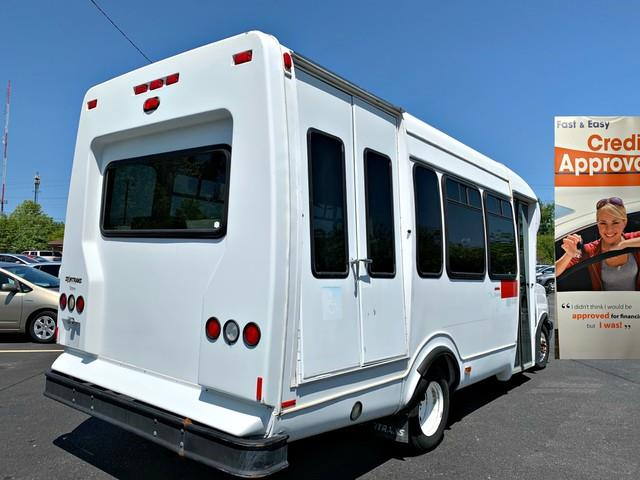 Used Chevrolet Express Commercial Cutaway C7N 2006 | Valentine Motor Company. Forestville, Maryland