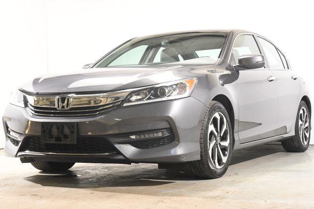 The 2017 Honda Accord EX-L photos
