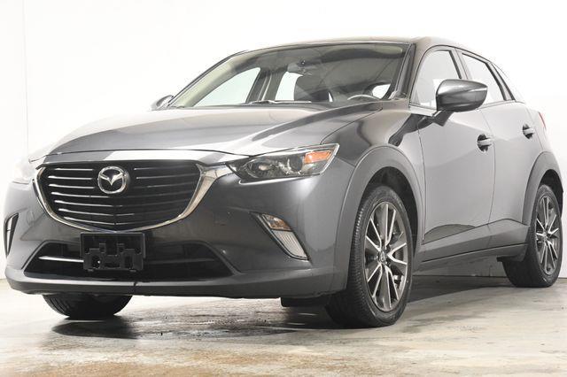 The 2017 Mazda CX-3 Touring photos