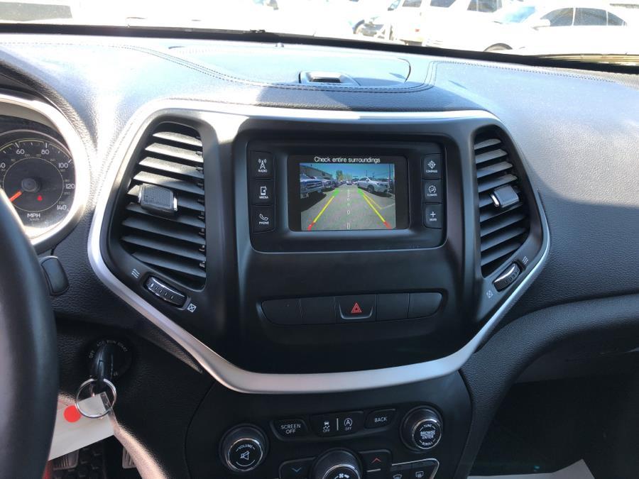 Used Jeep Cherokee 4WD 4dr Latitude 2015   Route 46 Auto Sales Inc. Lodi, New Jersey