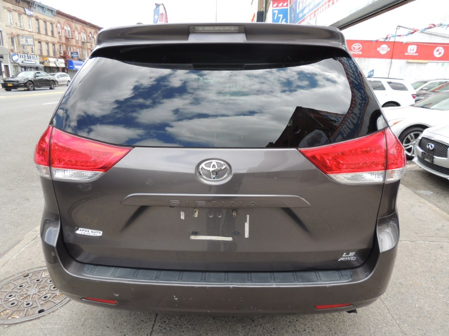 Used Toyota Sienna 5dr 7-Pass Van V6 LE AWD (Natl) 2014 | Carsbuck Inc.. Brooklyn, New York