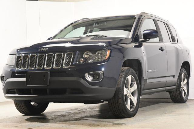 The 2017 Jeep Compass High Altitude photos