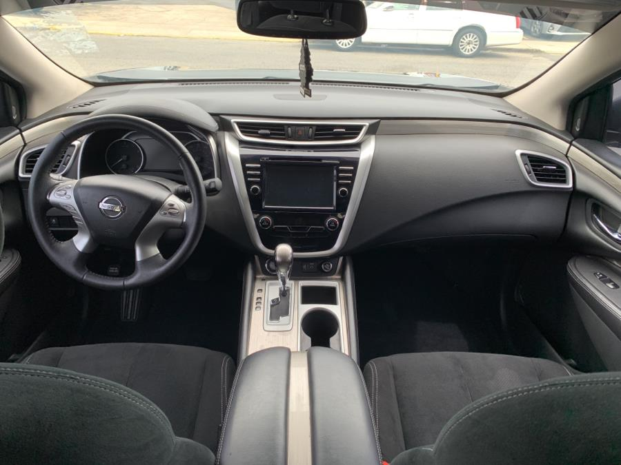 Used Nissan Murano AWD SV 2018   5 Towns Drive. Inwood, New York