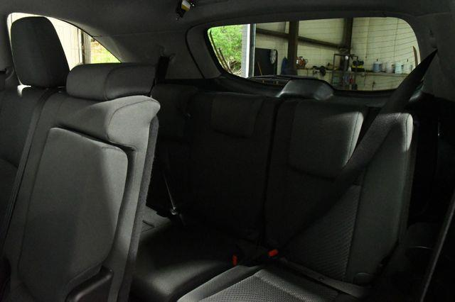 2019 Toyota Highlander LE Plus photo