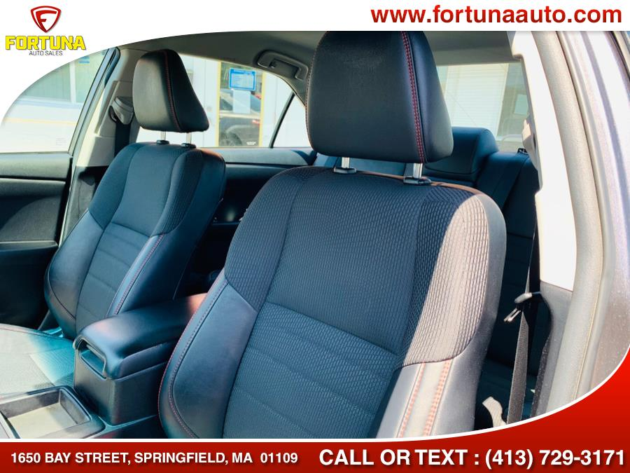 Used Toyota Camry SE 2017   Fortuna Auto Sales Inc.. Springfield, Massachusetts