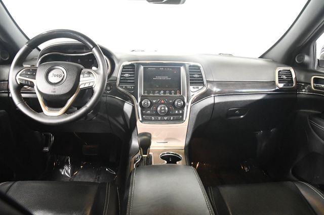 2016 Jeep Grand Cherokee Overland photo