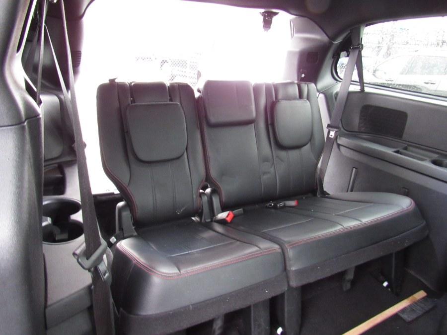 Used Dodge Grand Caravan GT Wagon 2019 | NJ Used Cars Center. Irvington, New Jersey