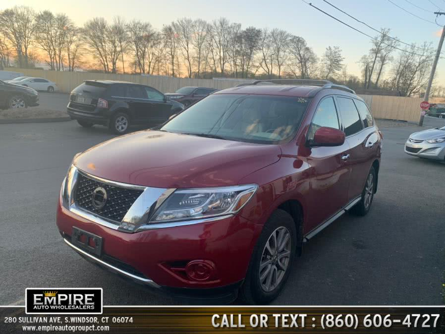 Used 2016 Nissan Pathfinder in S.Windsor, Connecticut | Empire Auto Wholesalers. S.Windsor, Connecticut