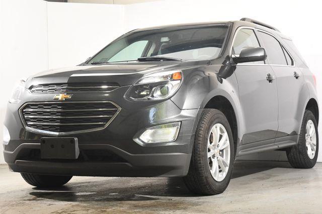 The 2017 Chevrolet Equinox LT photos
