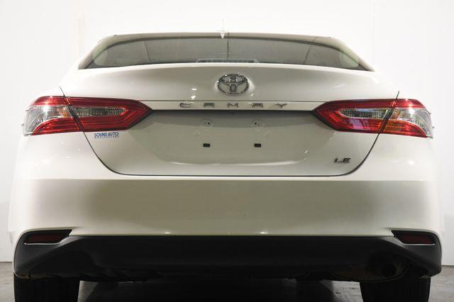2019 Toyota Camry LE photo