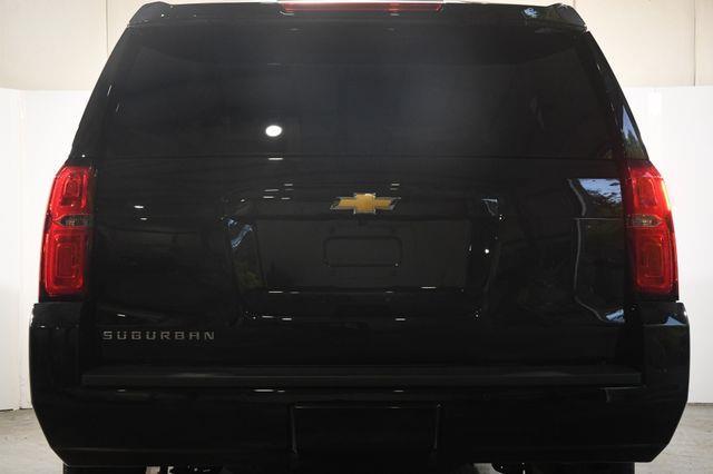 2016 Chevrolet Suburban LT photo
