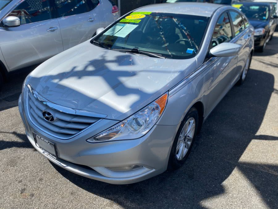 Used Hyundai Sonata 4dr Sdn 2.4L Auto GLS 2013 | Middle Village Motors . Middle Village, New York