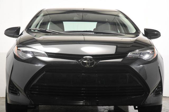 2017 Toyota Corolla LE photo