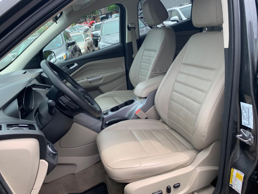 Used Ford Escape SE 2015   Second Street Auto Sales Inc. Manchester, New Hampshire