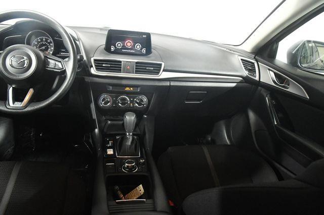2017 Mazda MAZDA3 4-Door Sport photo