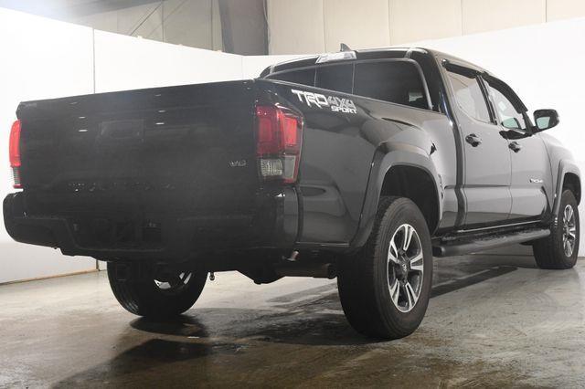 2018 Toyota Tacoma TRD Sport w/ Blind Spot/ Nav/  photo