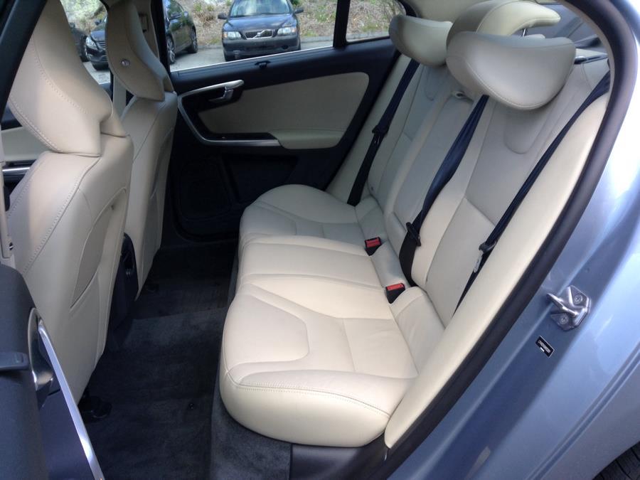 Used Volvo S60 T5 AWD Inscription 2017 | Eurocars Plus. Groton, Connecticut