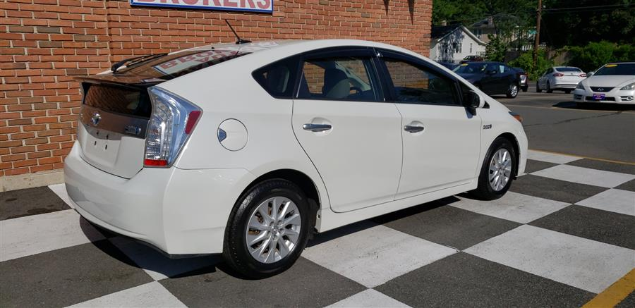 Used Toyota Prius Plug-In 5dr HB 2014 | National Auto Brokers, Inc.. Waterbury, Connecticut