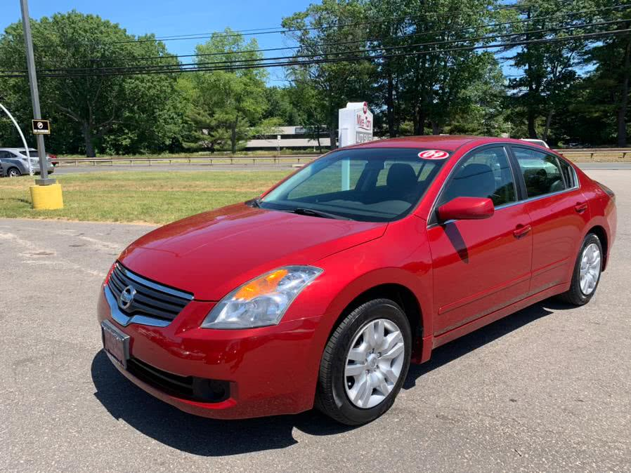 Used 2009 Nissan Altima in South Windsor, Connecticut | Mike And Tony Auto Sales, Inc. South Windsor, Connecticut