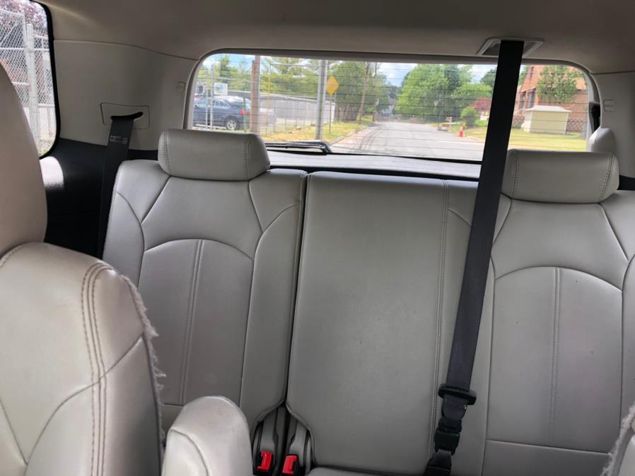 Used GMC Acadia AWD 4dr SLT1 2011 | Mecca Auto LLC. Hartford, Connecticut