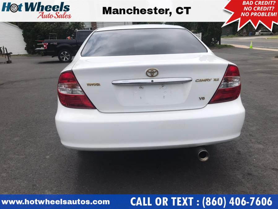 Used Toyota Camry 4dr Sdn XLE V6 Auto 2002 | Hot Wheels Auto Sales LLC. Manchester, Connecticut