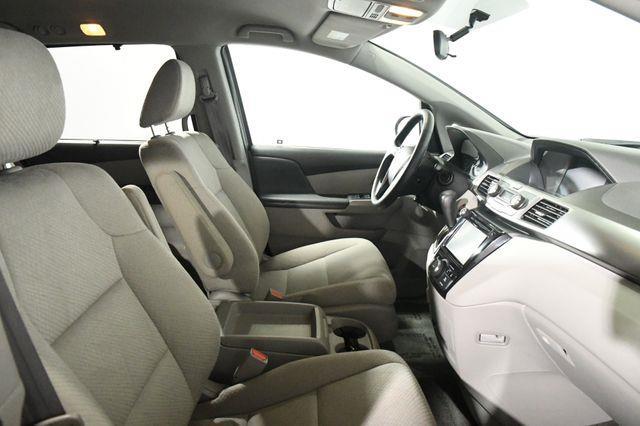 2017 Honda Odyssey EX photo