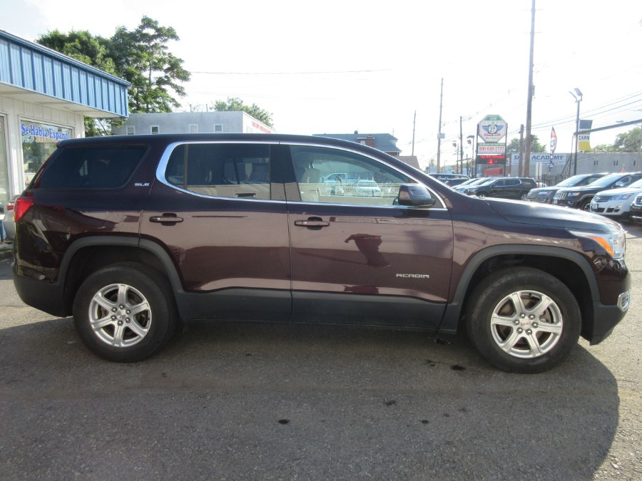 Used GMC Acadia FWD 4dr SLE w/SLE-1 2017   Route 27 Auto Mall. Linden, New Jersey