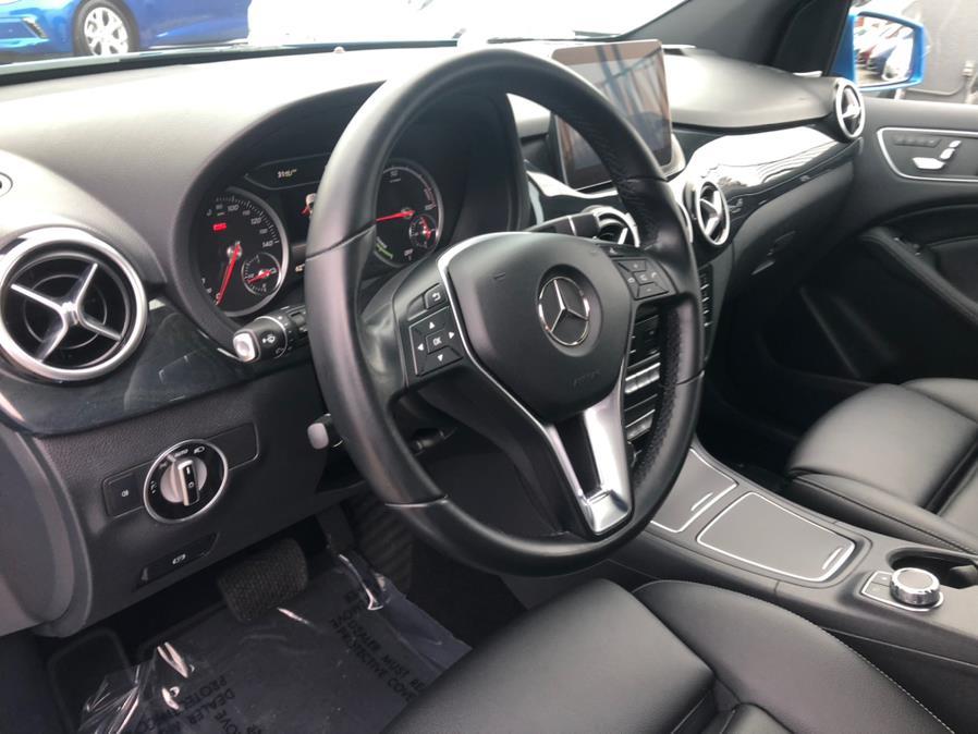 Used Mercedes-Benz B-Class B 250e Electric Drive 2017 | Green Light Auto Wholesale. Daly City, California