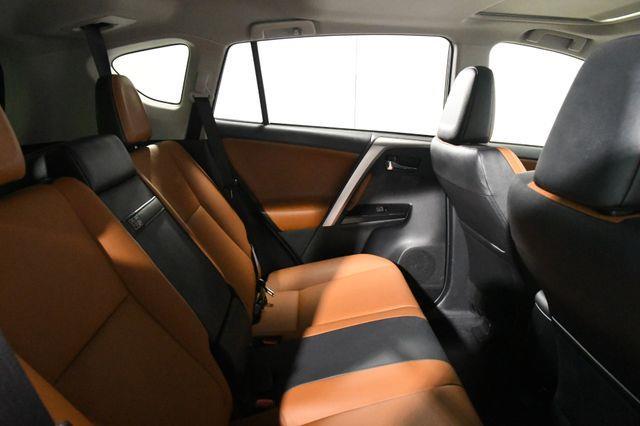 2017 Toyota RAV4 Hybrid Limited photo