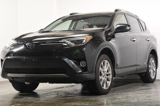 The 2017 Toyota RAV4 Hybrid Limited photos