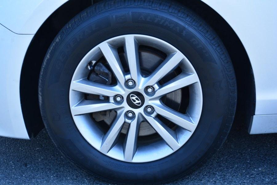 Used Hyundai Sonata 4dr Sdn 2.4L SE 2015   Longmeadow Motor Cars. ENFIELD, Connecticut