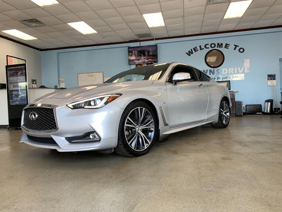 Used INFINITI Q60 3.0t LUXE RWD 2018 | 5 Towns Drive. Inwood, New York
