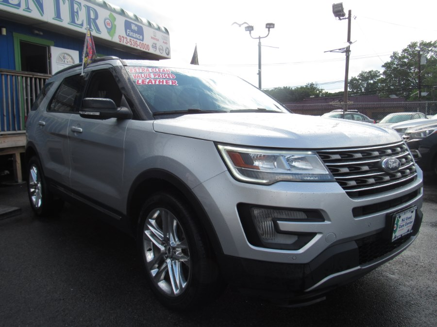 2017 Ford Explorer XLT 4WD photo