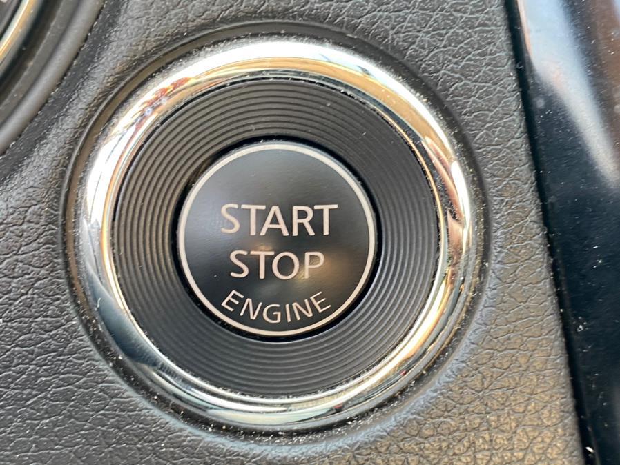 Used Nissan Rogue AWD SV 2017 | Sunrise Autoland. Jamaica, New York