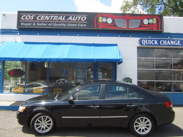 Used 2008 Hyundai Sonata in Meriden, Connecticut | Cos Central Auto. Meriden, Connecticut