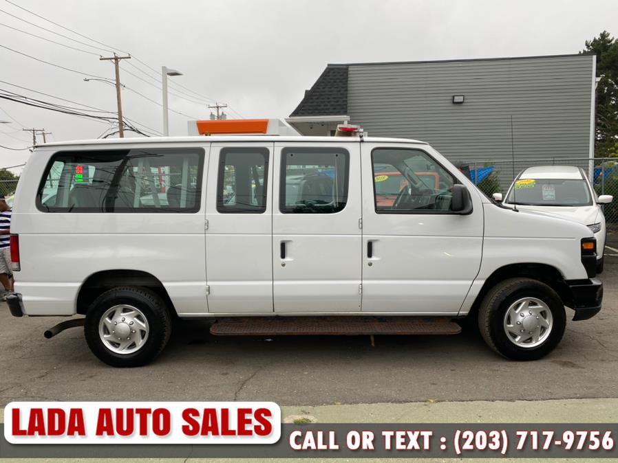 Used Ford Econoline Wagon E-350 Super Duty XL 2013 | Lada Auto Sales. Bridgeport, Connecticut