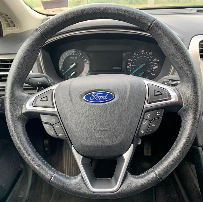 2017 Ford Fusion SE AWD photo