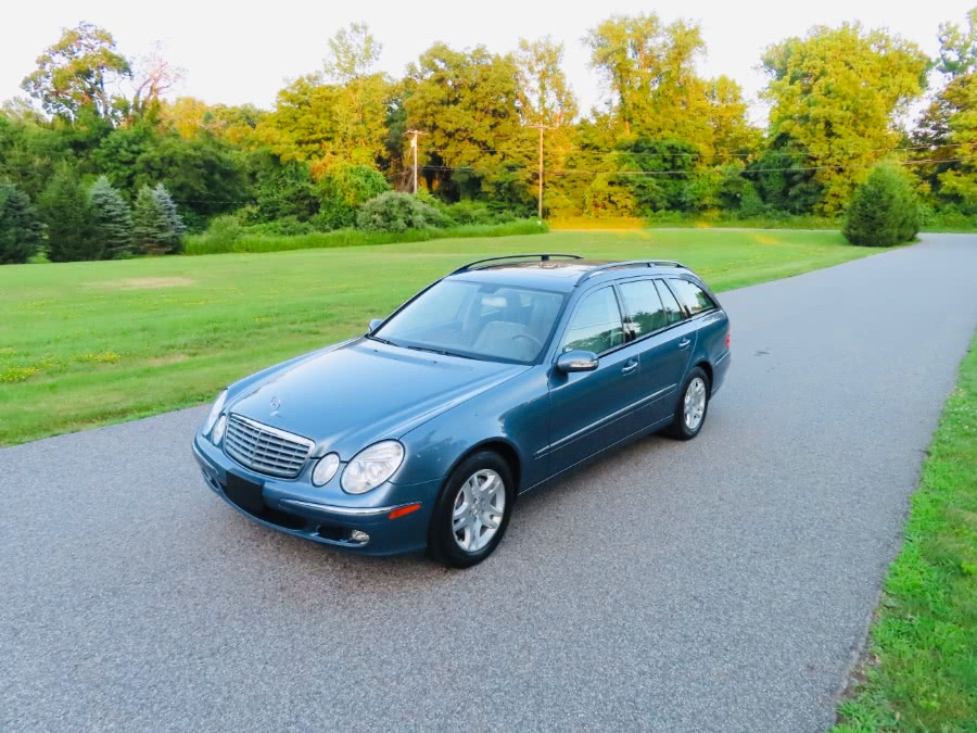 Used 2006 Mercedes-Benz E-Class in North Salem, New York | Meccanic Shop North Inc. North Salem, New York