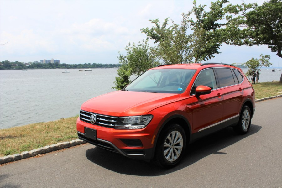 2018 Volkswagen Tiguan 2.0T SE 4MOTION, available for sale in Great Neck, NY