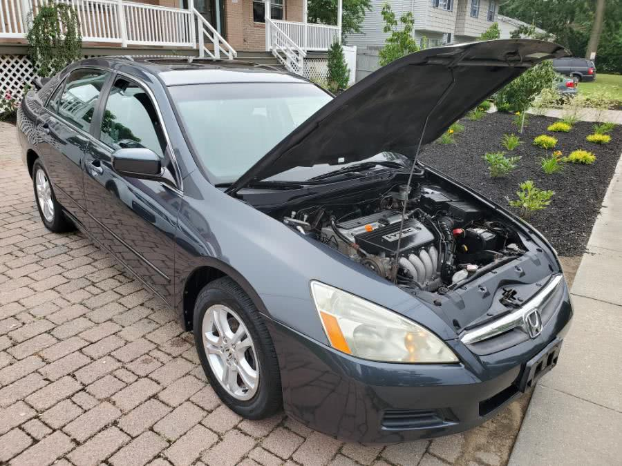 Used 2006 Honda Accord Sdn in West Babylon, New York | SGM Auto Sales. West Babylon, New York