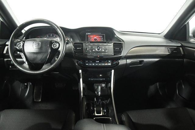 2017 Honda Accord Sport SE photo