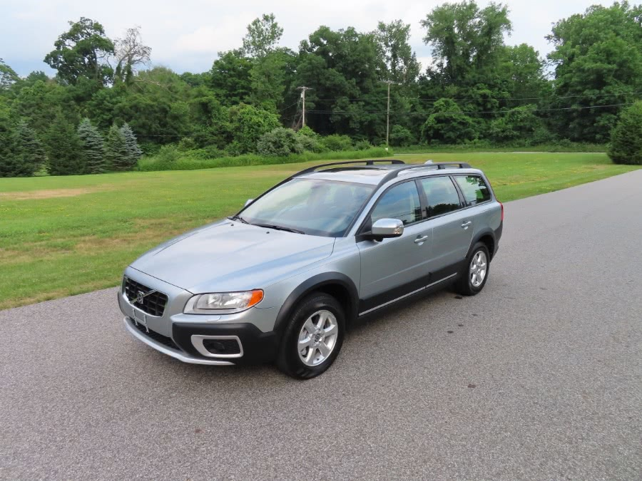 Used 2008 Volvo XC70 in North Salem, New York | Meccanic Shop North Inc. North Salem, New York