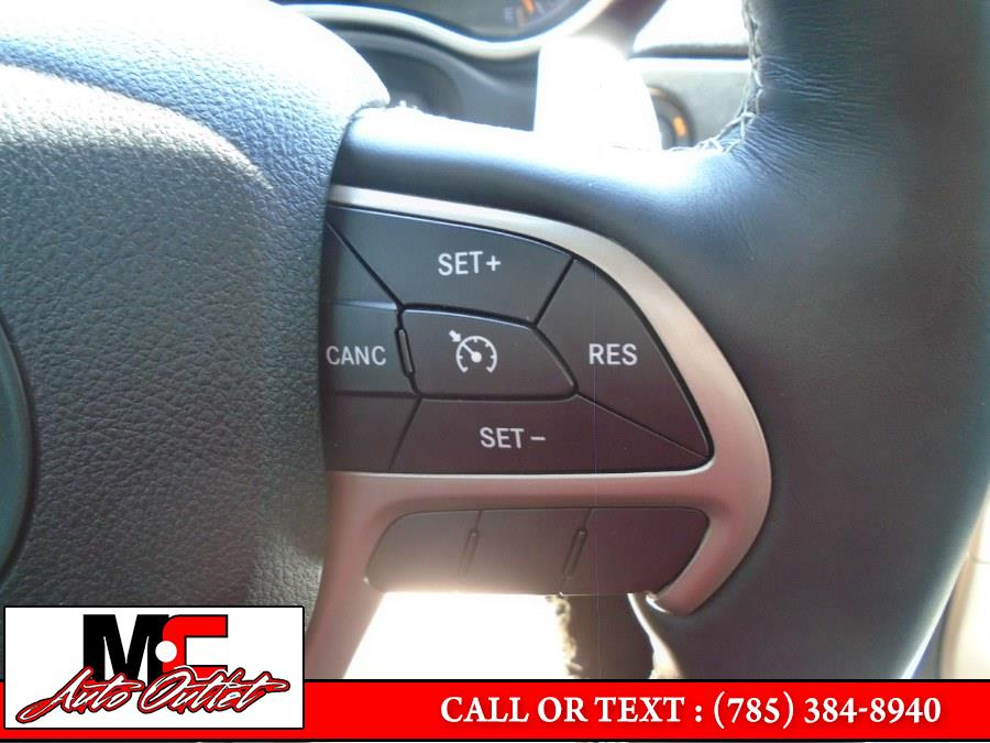 Used Jeep Grand Cherokee Limited 4x4 2017 | M C Auto Outlet Inc. Colby, Kansas