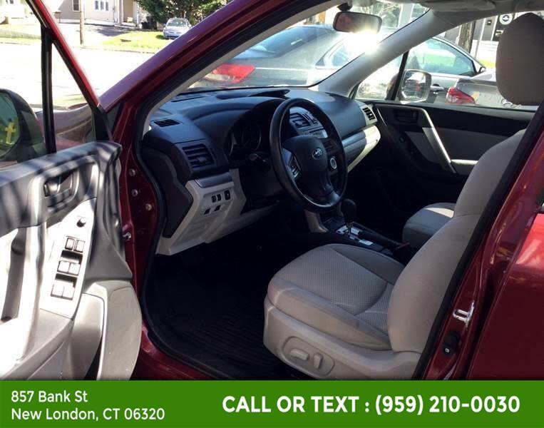 Used Subaru Forester 4dr Auto 2.5i Premium PZEV 2014 | McAvoy Inc dba Town Hill Auto. New London, Connecticut