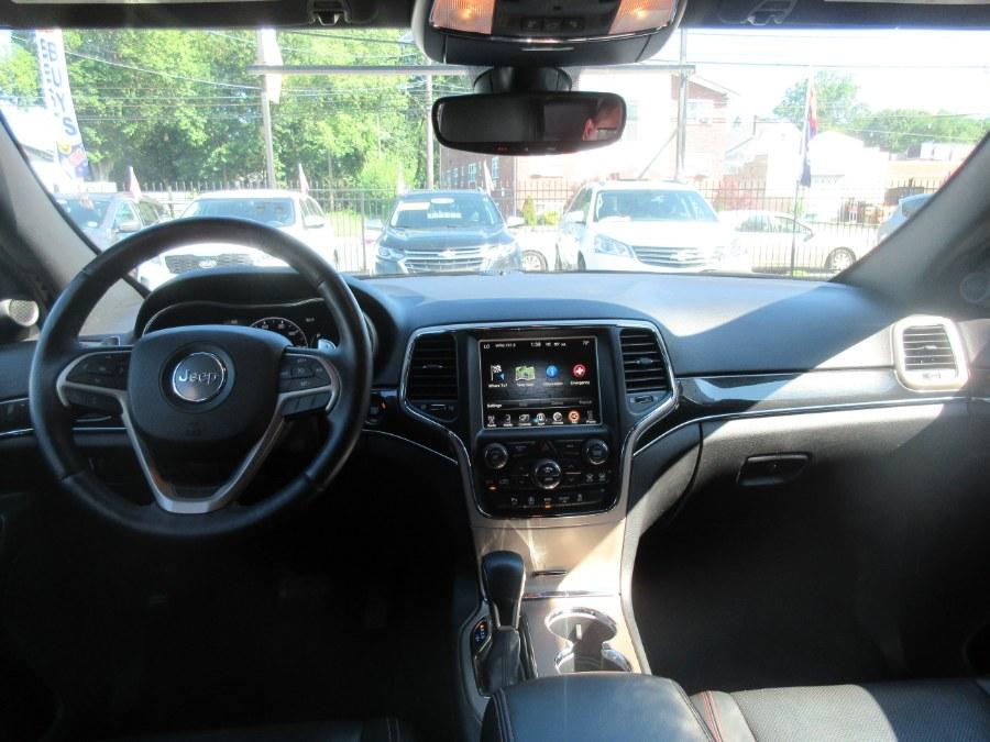 2017 Jeep Grand Cherokee Limited 4x4 photo