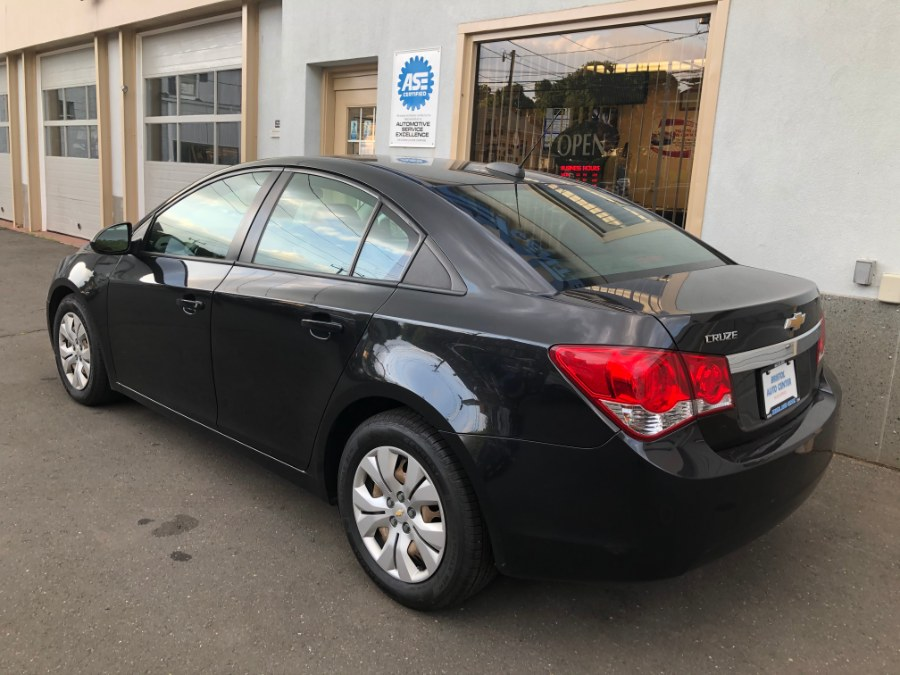 Used Chevrolet Cruze Limited 4dr Sdn Auto LS 2016 | Bristol Auto Center LLC. Bristol, Connecticut