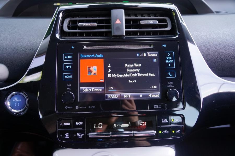 Used Toyota Prius Three Touring (Natl) 2017 | Sunrise Auto Sales. Rosedale, New York
