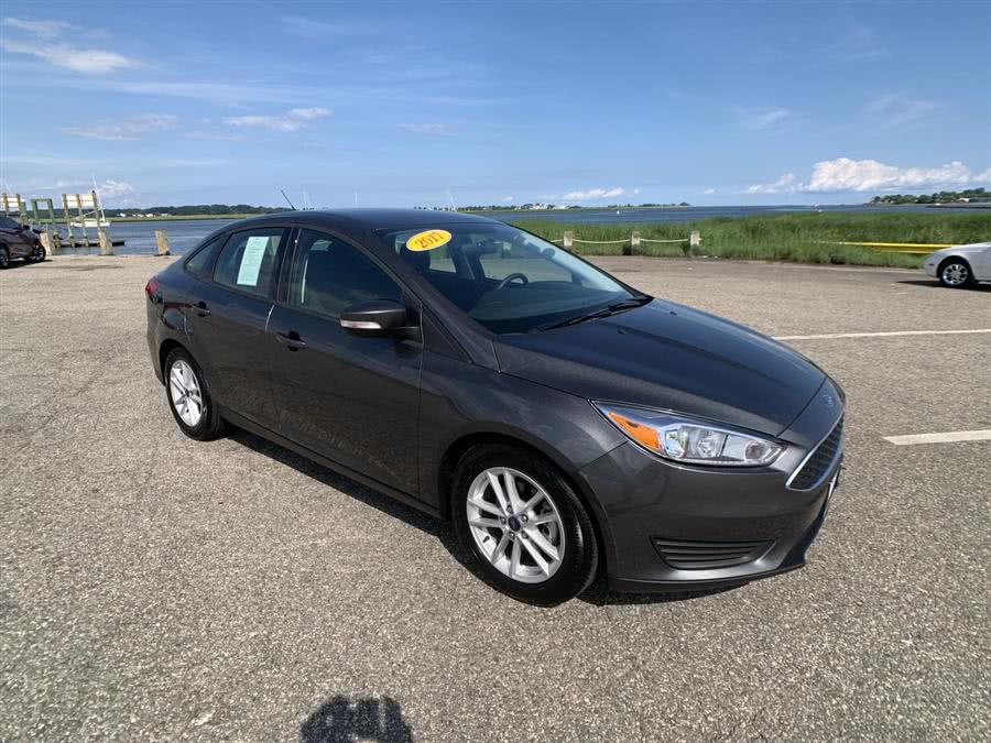Used Ford Focus SE Sedan 2017 | Wiz Leasing Inc. Stratford, Connecticut
