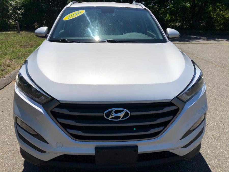 Used Hyundai Tucson AWD 4dr SE 2016 | Malkoon Motors. Agawam, Massachusetts