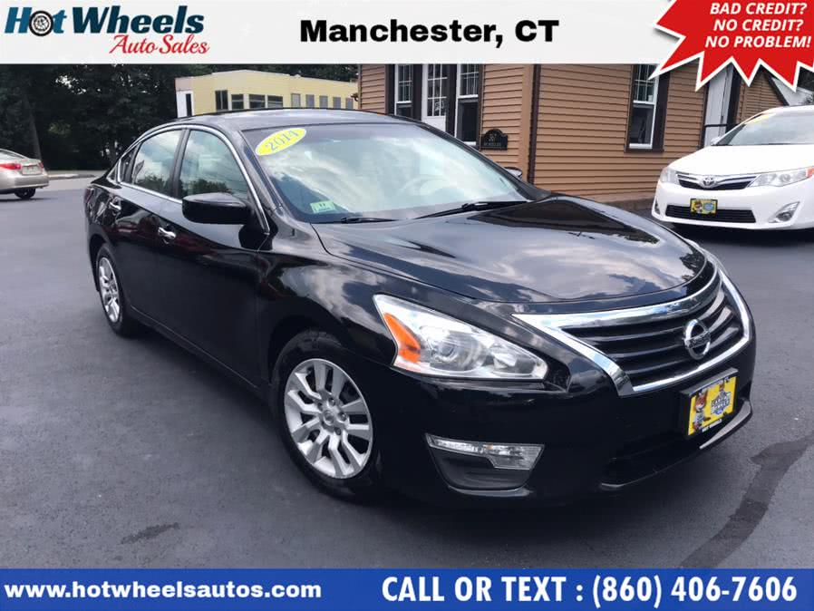 Used 2014 Nissan Altima in Manchester, Connecticut | Hot Wheels Auto Sales LLC. Manchester, Connecticut